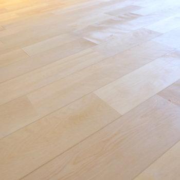 今回はバーチの無垢床です。※前回工事したお部屋の写真です。