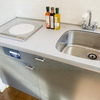 キッチンは調理スペースもしっかり確保できます。