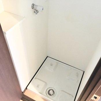 洗濯機は扉で隠せますよ。(※写真は11階の同間取り別部屋のものです)