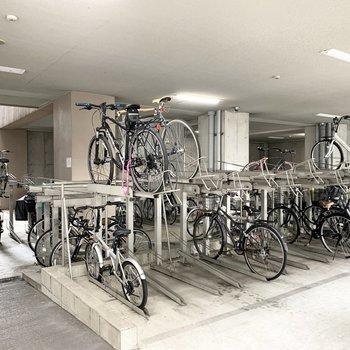 自転車置場もたっぷり。