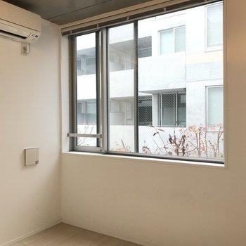 落ち着く空間。※写真は2階の同間取り別部屋のものです