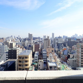 さすがに15階!眺望はよきかな。