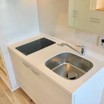 こちらも2way。キッチン兼洗面台として使えますね。