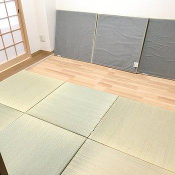 ここにはベッドを置きたいなぁ〜って時は、畳を取り外せるので大丈夫◎