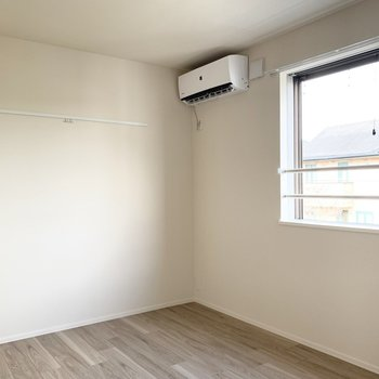 北向きの5.5帖のお部屋は寝室にぴったりです。(※写真は2階の同間取り別部屋のものです)