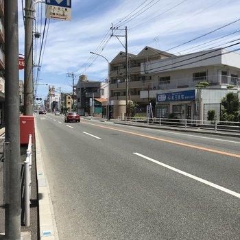 こちらが天神・博多まで出ている「唐木」のバス停。
