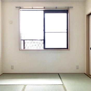 風通しもいいし、来客用にしてものんびりスペースにしても◎(※写真は別棟2階の反転間取り別部屋のものです)