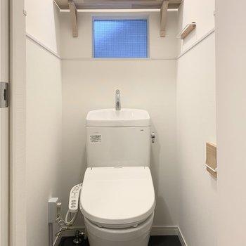 ウォシュレット付きのトイレは本体も新しくなっています