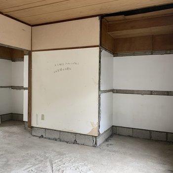 【工事中】こちらに収納が2つ新設されます。