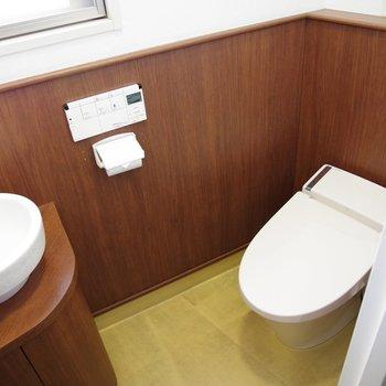 女性用トイレ。ゆったりめ