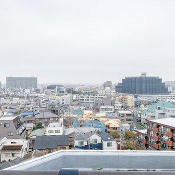 さすが9階...眺めがいいですね。