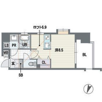 最上階、角部屋のシンプル1R。
