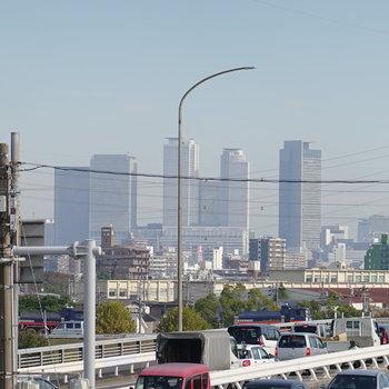 カメラでズームしたら、見えた!名古屋駅。