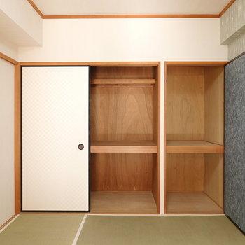 押入れ収納はお部屋一面に。衣服だけであれば十分収納できそう。
