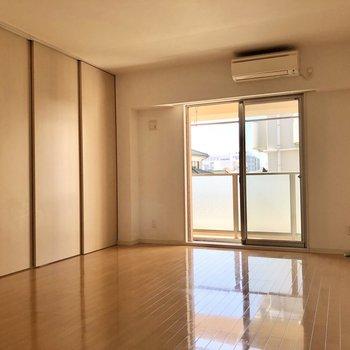 【LD】南向きで明るいお部屋です。