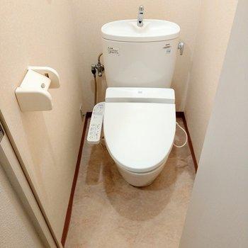 トイレはウォシュレット付き!とってもキレイ!