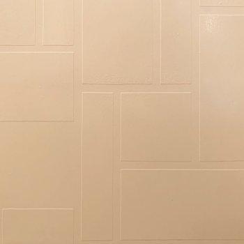 ですが、よく見ると壁の模様が良い雰囲気◎