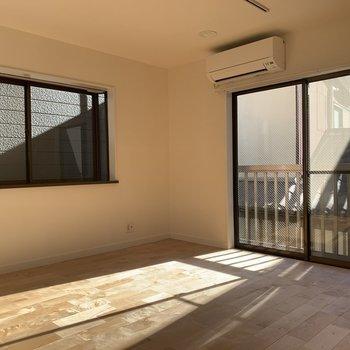 【2階】階によってリビング、寝室等分けることが可能です◎