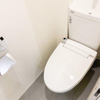 トイレ・バスしっかり別ですよ。