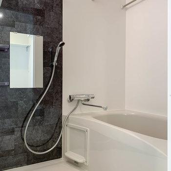 暖房や浴室乾燥機能の付いたお風呂です。