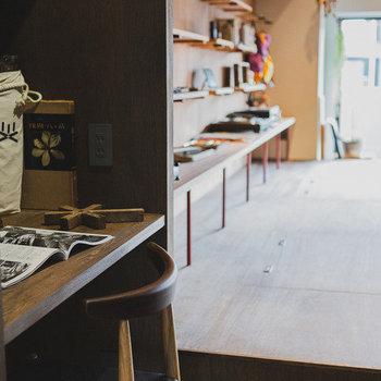 それぞれの作業場所もしっかりと確保。素敵なアイデアが浮かぶ予感。