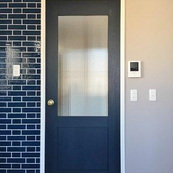 ドアも可愛いんです、、、♡