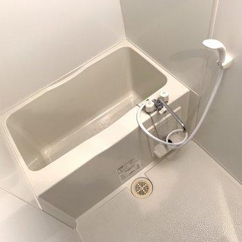 お風呂に鏡はありません、、、