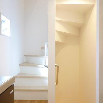 さらに階段を上がって3階へ。