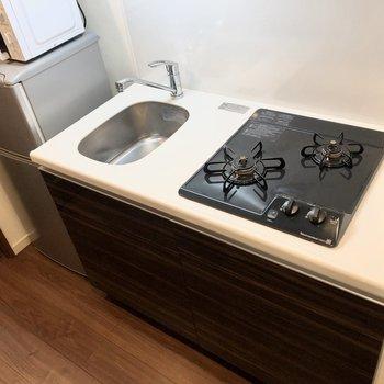 調理スペースは狭めです。