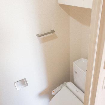 トイレ上の棚が嬉しいです