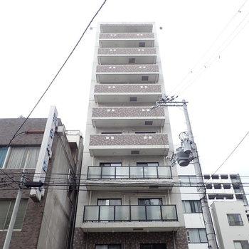 細長い建物です。