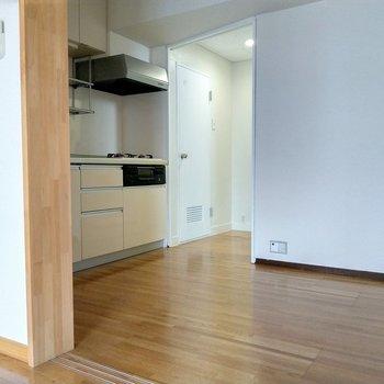 キッチン横か居室の入口に冷蔵庫置けそう!