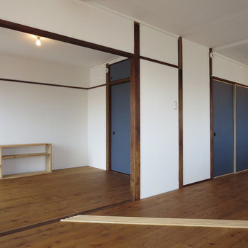 木の枠組みも味があっていいな〜※写真は3階同間取り別部屋のものです