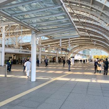 最寄りのさいたま新都心駅です。