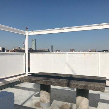 5階には屋上テラスがあるのです…!