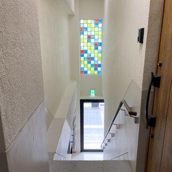 お部屋までは階段です!がんばりましょ〜!