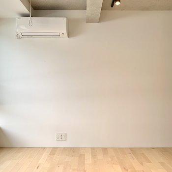 【下階】そちらの壁側にテレビが置けますね