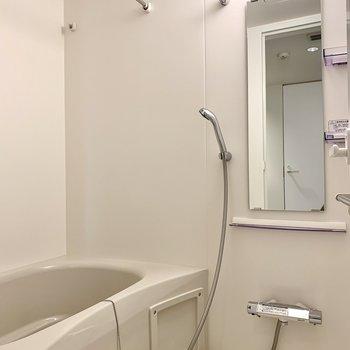 【下階】浴室乾燥機付きです