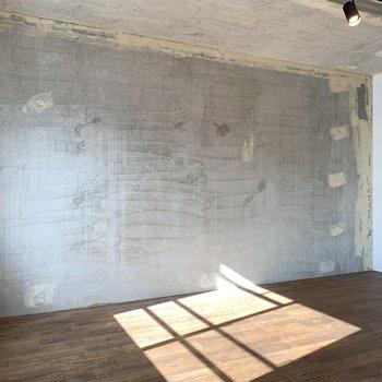 壁一面、コンクリート打ちっ放しです。