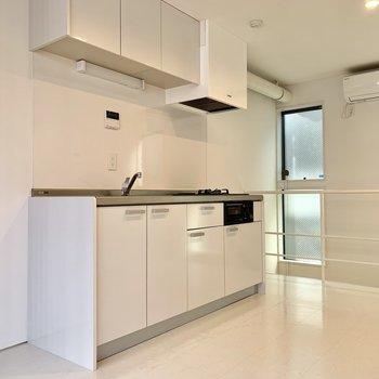 【DK】キッチン隣には冷蔵庫が置けますね