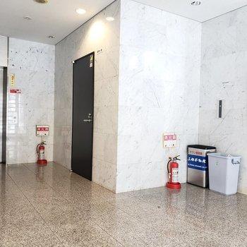 エレベーターは1台です。