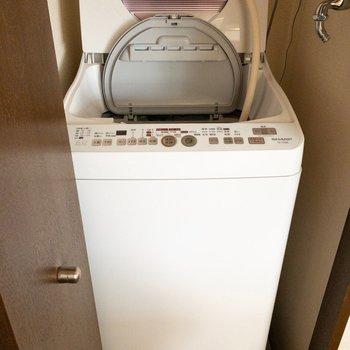 洗濯機が隠れてました!
