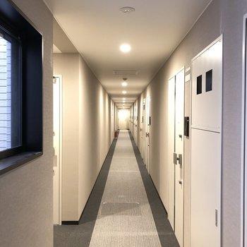 ホテルのような共用部。