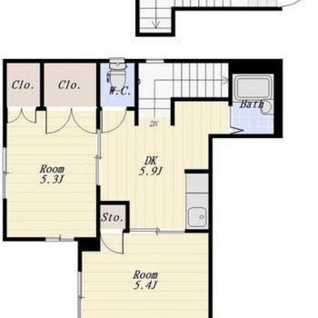 間取りは2DKで玄関が1階のタイプになります。