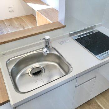 【LDK】IHコンロでお掃除も簡単にできます。