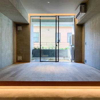 まるで一枚の絵のような、そんなお部屋です。※写真は3階の同間取り別部屋のものです
