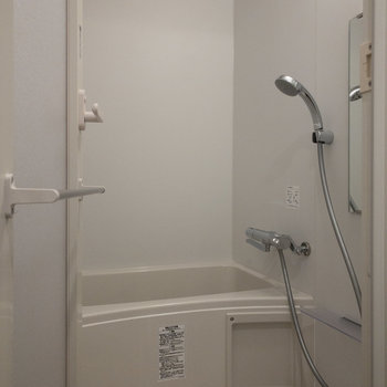 浴室乾燥できます。