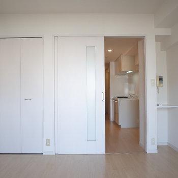 ホワイトニングルーム♪(※写真は10階の同間取り別部屋のものです)