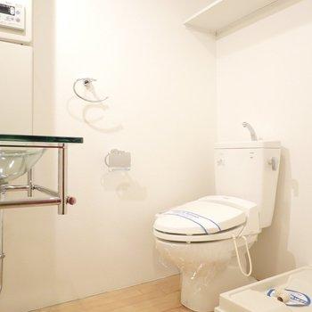 脱衣所はトイレ・洗面台・洗濯機置き場の3点セット!