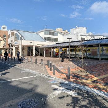 東長崎駅の南口までは3分ほどでした。
